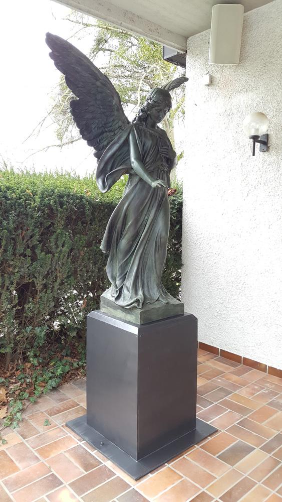 Friedhof Auerbach, Restaurierung einer Galvanoplastik Grabengel