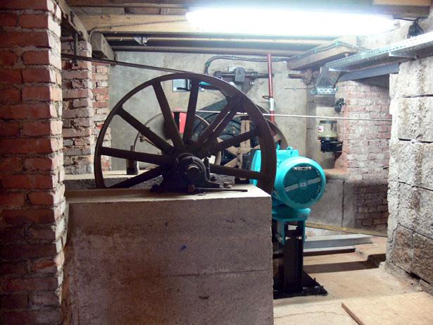 Die sogenannte Untere Radkammer im Kellergeschoss der Mühle