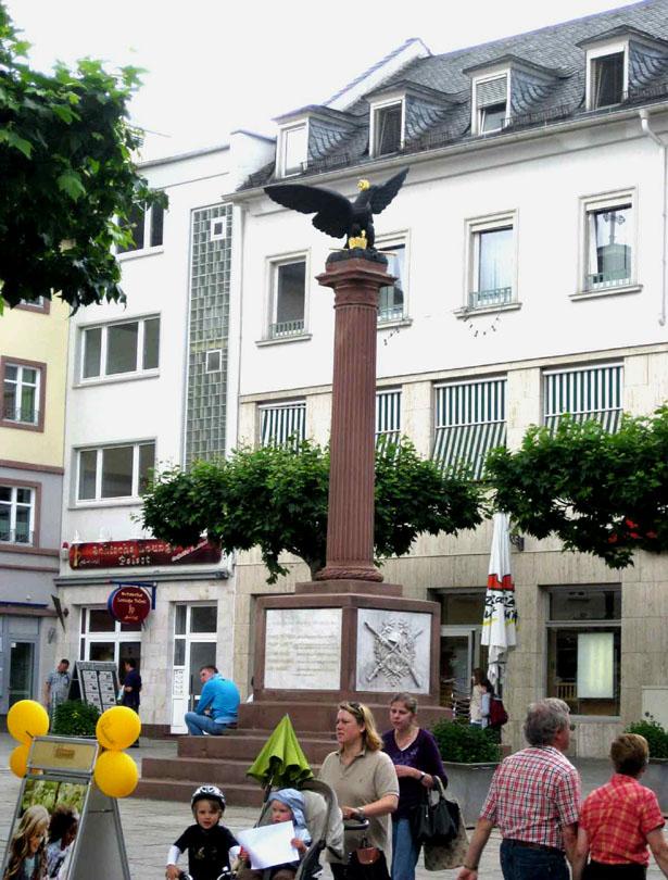 Kriegerdenkmal am Waisenhausplatz - Bad Homburg vor der Höhe