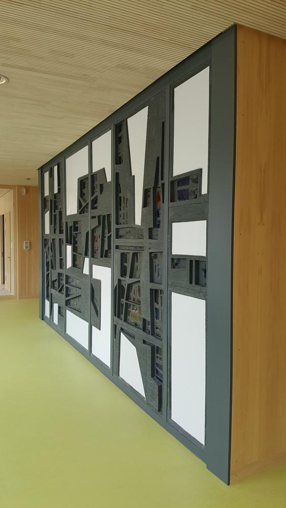 Ludwig-Schwamb-Schule, Eberstadt, Restaurierung einer Glaskunstwand